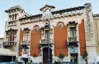 Elegante palazzina  inizio secolo stile  tardo liberty  - Giarre (5311 clic)
