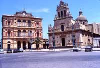 Duomo e Municipio  - Grammichele (5295 clic)