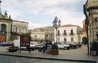 Piazza Matrice  - Linguaglossa (7199 clic)