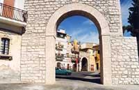 Atrio del Castello  - Militello in val di catania (3920 clic)