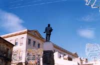 Monumento a Luigi Capuana padre del verismo   - Mineo (6747 clic)