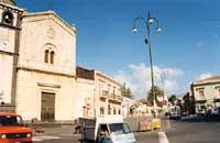 Chiesa madre e piazza Vittorio Emanuele  - Nicolosi (8605 clic)