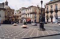 Piazza Indipendenza  - Paternò (8580 clic)