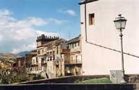 Scorcio San Martino, Castello Carcere-retro  - Randazzo (3778 clic)