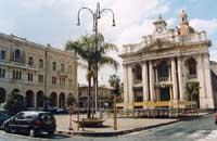 Piazza S.Pietro  - Riposto (10217 clic)