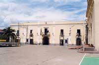 Municipio (ex convento benedettino)  - Santa maria di licodia (7089 clic)