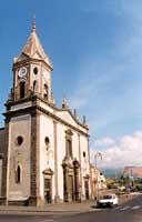 chiesa dedicata ai tre martiri fratelli Alfio,Filadelfo e Cirino  - Trecastagni (5071 clic)