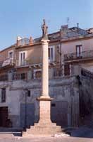 Piazzetta della Chiesa Madre  - Vizzini (2550 clic)