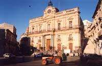 Palazzo di città  - Vizzini (5417 clic)
