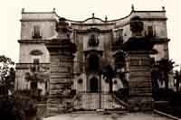 Villa Cattolica Oggi Pinacoteca d'arte contemporanea. Contiene i quadri di Renato Guttuso.    - Bagheria (6701 clic)