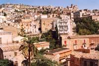 vista da piazza garibaldi  - Agira (4356 clic)