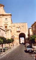 Salita di Santa Margherita  - Agira (4628 clic)