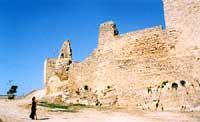 CASTELLO SARACENO (costruito dagli Arabi nell'anno 900)   - Agira (4207 clic)