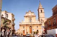 Chiesa di San Antonio di Padova e piazza principale d'Agira (piazza garibaldi)  - Agira (12899 clic)