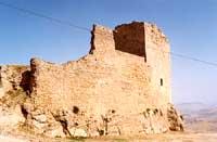 CASTELLO SARACENO (costruito dagli Arabi nell'anno 900)   - Agira (4052 clic)