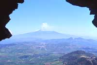 L'Etna vista dal Castello di Aidone  - Aidone (7089 clic)
