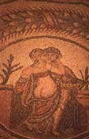 Villa Romana del Casale. Tema centrale del pavimento in mosaico raffigurante una scena d'amore  - Piazza armerina (4129 clic)