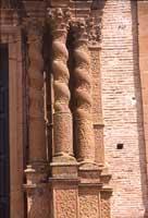 Il Duomo, particolare della porta centrale  - Piazza armerina (3461 clic)