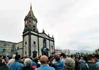 Festa di Sant'Alfio - uscita del Santo  - Trecastagni (2459 clic)