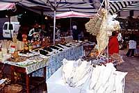 Mercato di Trapani - prodotti tipici siciliani - Baccalà, arrianu, agghia e ...   - Trapani (7272 clic)
