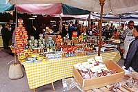 Mercato di Trapani - prodotti tipici siciliani  - Trapani (7321 clic)