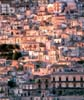Modica (RG), suggestiva veduta della stratificazione urbana  - Modica (3157 clic)