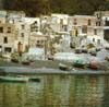 Arcipelago delle Eolie - isola di Salina comune di LENI - Vista della spiaggia nera di Rinella 20 anni fà  - Salina (20724 clic)