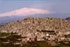 Gangi (PA) - sullo sfondo dell'Etna  - Gangi (9053 clic)