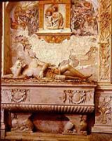 Tomba di Baldassare Naselli, signore di Comiso. Trovasi presso il Santuario Mariano di Maria SS. Immacolata a Comiso C.so San Francesco. Si chiama anche Chiesa di San Francesco all'Immacolata  - Comiso (7096 clic)