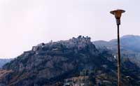 Castelmola visto dal santuario della Madonna della Rocca  - Castelmola (9592 clic)