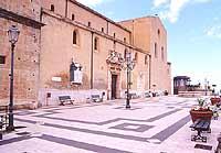 Piazza delle Aquile  - Castroreale (7078 clic)