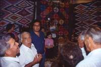 Festa del Muzzuni ad Alcara Li Fusi - gruppo di cantori davanti al Muzzuni.  - Alcara li fusi (8046 clic)