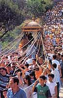 Festa di San Nicolò Politi. Pellegrinaggio all'Eremo, nei pressi del monte calanna  - Alcara li fusi (17836 clic)