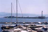 INGRESSO AL PORTO DI MESSINA  - Messina (9158 clic)