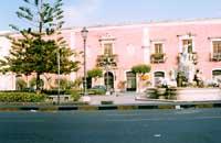 Piazza Caio Duilio - Fontana del MELA  - Milazzo (8303 clic)