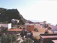 Vista Nord-Est con in alto la BATTERIA  - Scaletta zanclea (7167 clic)