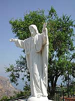 Santuario di Santa Maria della Libera - Statua del Sacro Cuore di Gesù  - Mongiuffi melia (10513 clic)
