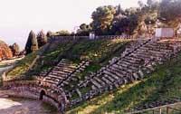 ANFITEATRO - Teatro Greco-Romano IV Secolo A.C. - Tindari - Patti (ME)  - Tindari (20419 clic)