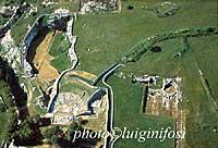 Panorama aereo dell'area archeologica di Palazzolo Acreide (Antica Akrai)  - Palazzolo acreide (5710 clic)