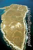 Penisola Magnisi, sito dell'antichissima città di Thapsos di chiara influenza micenea  - Melilli (7075 clic)