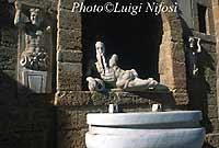 l'Ercole - Fontana di Nettuno (o fontana di Pietro e Paolo?)  - Canicattì (5608 clic)