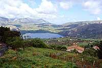 Lago Rosamarina - formatosi con la creazione di una diga artificiale  - Caccamo (13539 clic)