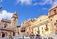 Veduta Piazza Duomo  - Caccamo (6427 clic)