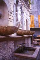 Fontana Venere Ciprea detta i 4 cannoli     - Castelbuono (7781 clic)
