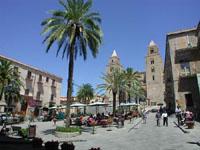 Piazza Duomo  - Cefalù (9393 clic)