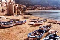 Porticciolo dei pescatori presso porta pescara  - Cefalù (9857 clic)