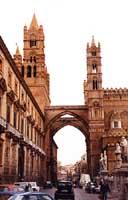 Palermo - Palazzo Arcivescovile (1460) PALERMO Giambattista Scivoletto