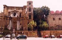 Chiesa di S. Maria dell'Ammiraglio o S. Nicolò dei Greci alla Martorana (a sinistra) e Chiesa di San Cataldo  - Palermo (7946 clic)