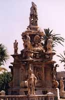 MONUMENTO COMMEMORATIVO A FILIPPO V - 1661 - piazza Vittoria - Quartiere Palazzo Reale  PALERMO Gia