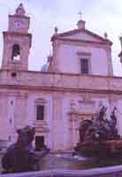 Cattedrale e Fontana del Tritone (Piazza Garibaldi)  - Caltanissetta (2691 clic)